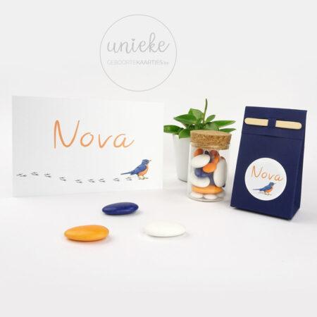 Ronde sticker van Nova